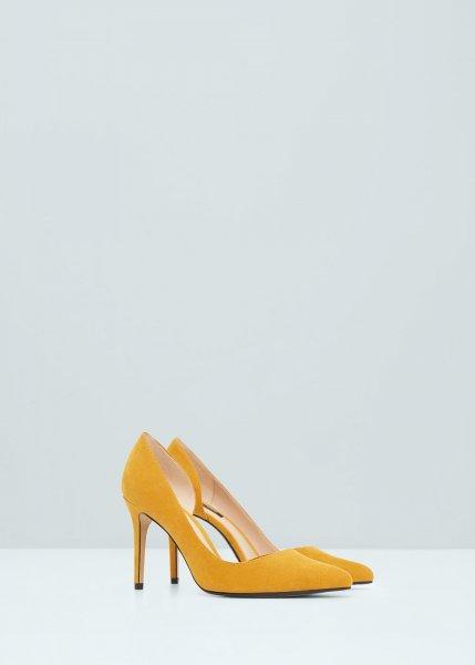 Ilyen gyönyörű cipők várnak ránk idén tavasszal!  7d8823e1e8